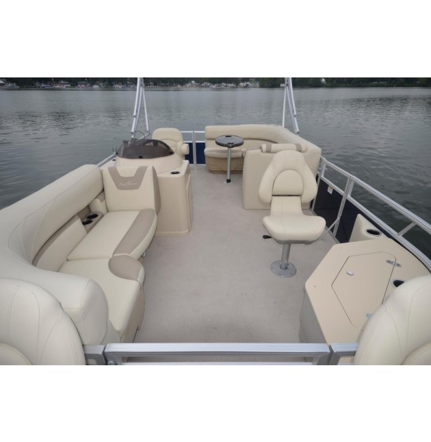 Daily Pontoon Boat Rental- 24 Foot
